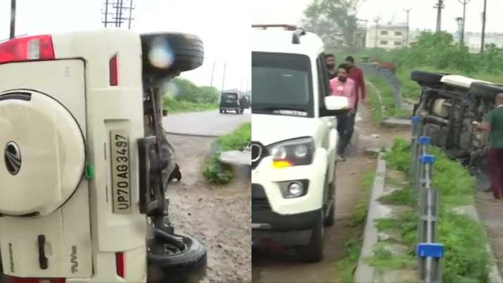 Vikas Dubey dead killed encounter UP STF car overturns Kanpur ...