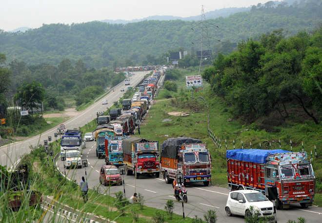 Massive landslide forces closure of Jammu-Srinagar National Highway (Representational image)