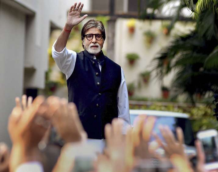 Amitabh Bachchan shuts down troll who questioned why he doesn't donate