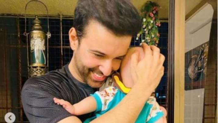 First pictures of Aamir Ali and Sanjeeda Shaikh's one-year-old daughter Ayra takes internet by storm