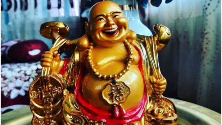 Vastu Tips: Know which type of laughing Buddha should be kept in house or office