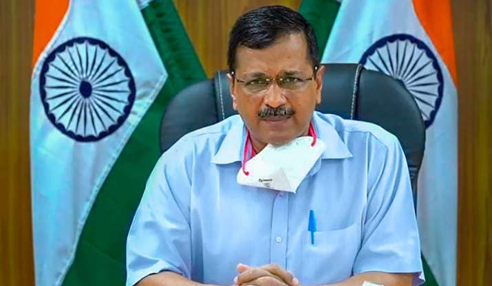 Delhi CM hands over Rs 1 crore cheque to family of sanitation work who died of COVID-19