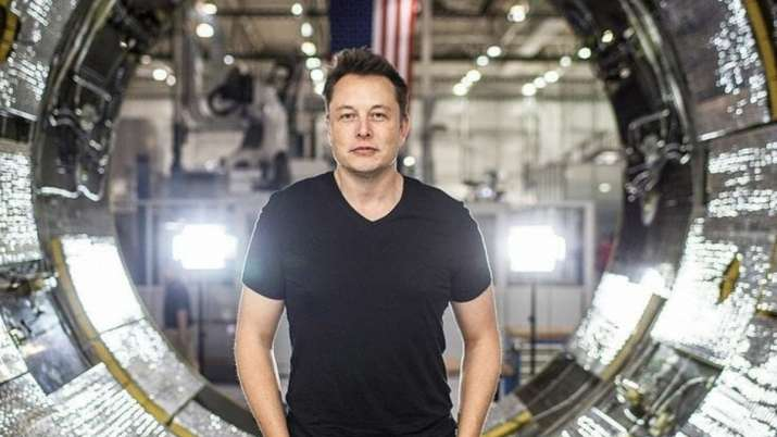 Elon Musk begs Twitterverse to trash him on Wikipedia, his page gets locked