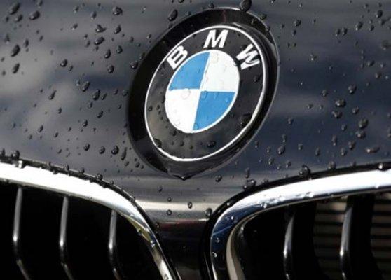BMW car accident Delhi