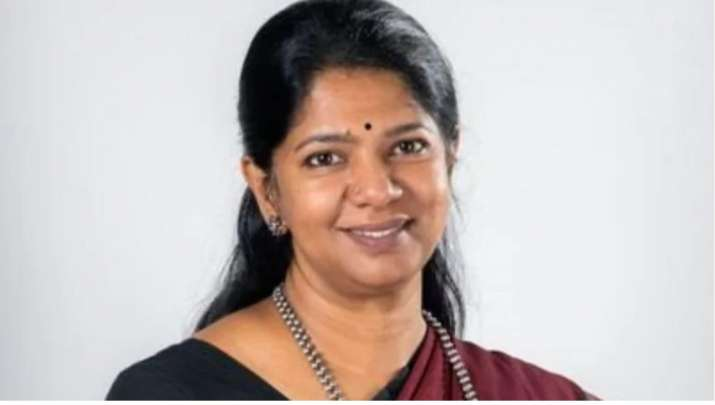 Asked if I was Indian for not knowing hindi at airport: DMK MP Kanimozhi