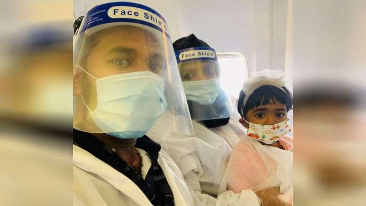 Heartbreaking photo of baby with parents before crash