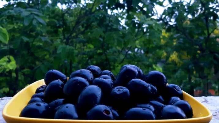 A fruitful monsoon diet!