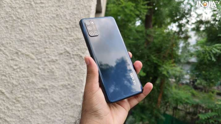 India Tv - oppo a52