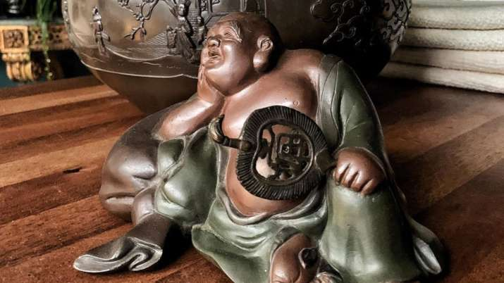 Vastu Tips: Get THIS type of laughing Buddha to get rid of repeated failures