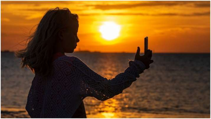 Your selfies may help detect heart disease, says study