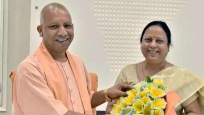 Kamla Rani Varun with UP CM Yogi Adityanath