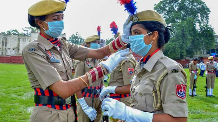 India Tv - Punjab Women police contingent prepare themselves before the full-dress rehearsals for the 74th Inde