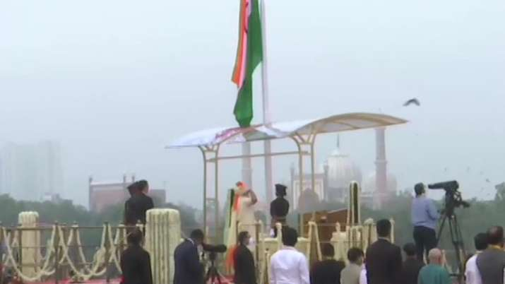 India Tv - Prime Minister Narendra Modi unfurls the National Flag at the ramparts of the Red Fort on Independen