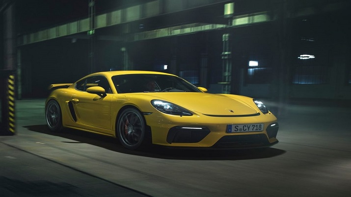 Porsche drives in 718 Spyder, 718 Cayman GT4 models in India