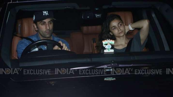 Ranbir Kapoor, Alia Bhatt visit Sanjay Dutt as his residence