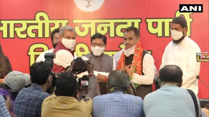Shaheen Bagh 'activist' Shahzad Ali joins BJP