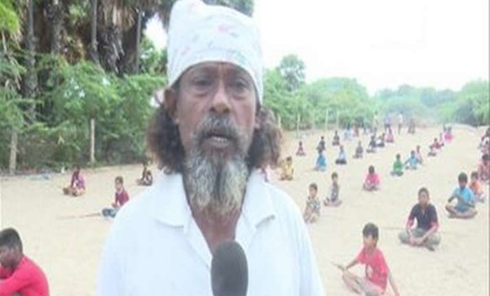 70-year-old mason teaches ancient martial art 'Silambam' to children for free