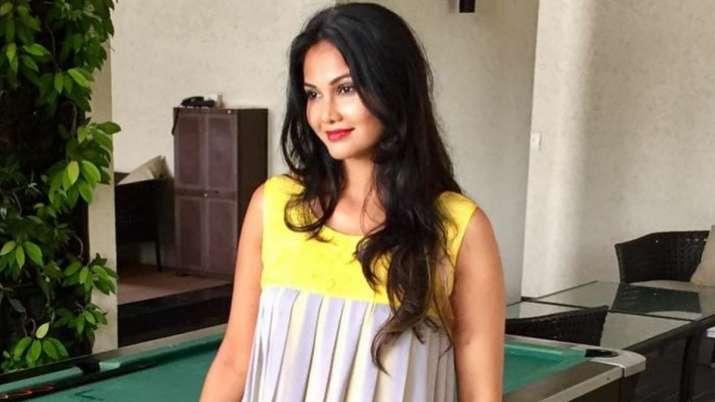 Actress Rupali Suri tests COVID-19 positive