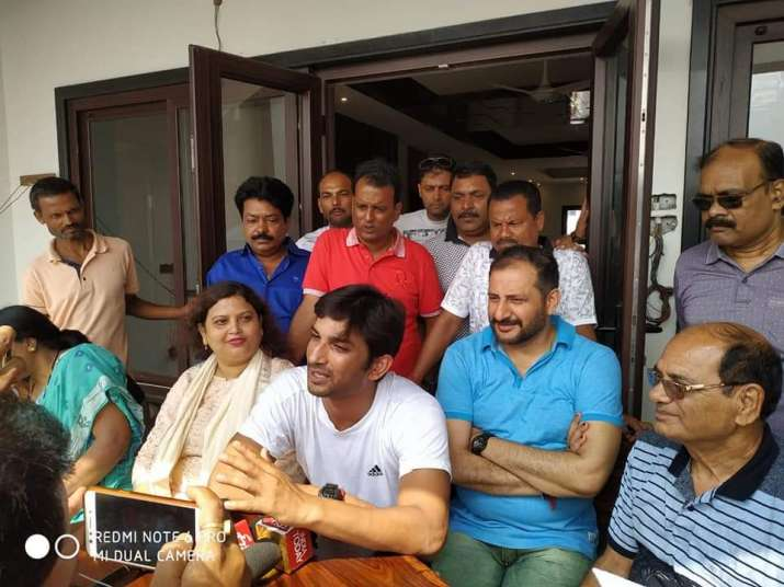 India Tv - Sushant Singh Rajput with family in Saharsa