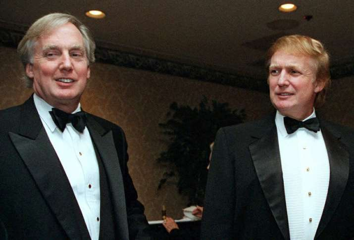 FILE - In this Nov. 3, 1999, file photo, Robert Trump,