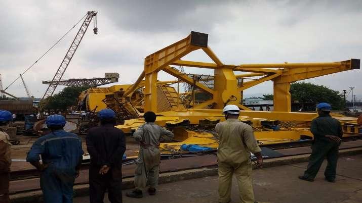 India Tv - Visakhapatnam crane collapse