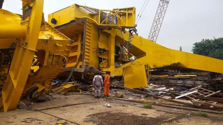 Visakhapatnam crane collapse