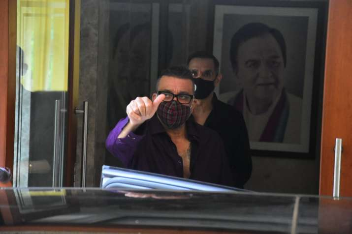India Tv - Sanjay Dutt discharged from Mumbai's Lilavati hospital