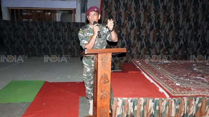 India Tv - During his brief stint, Dhoni performed the duties of patrolling, guard, and stayed with the troops in the camps.