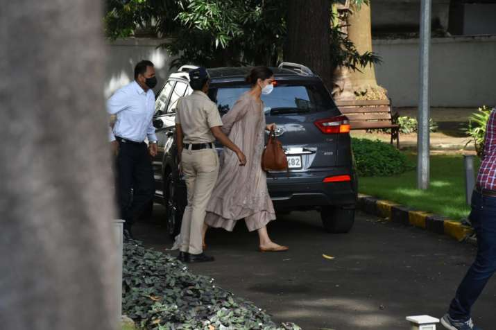 India Tv - The actor was escorted towards the guest house by a policeman from where the agency is operating.