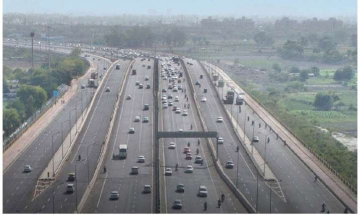 A screengrab from the video of the Delhi-Meerut expressway shared by Nitin Gadkari on Twitter
