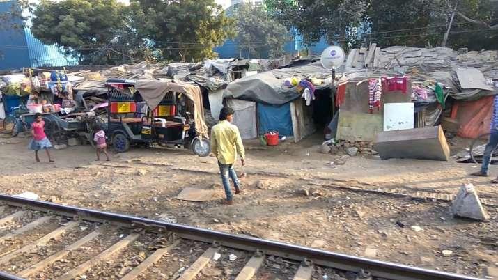Delhi govt, Indian Railways, Slum