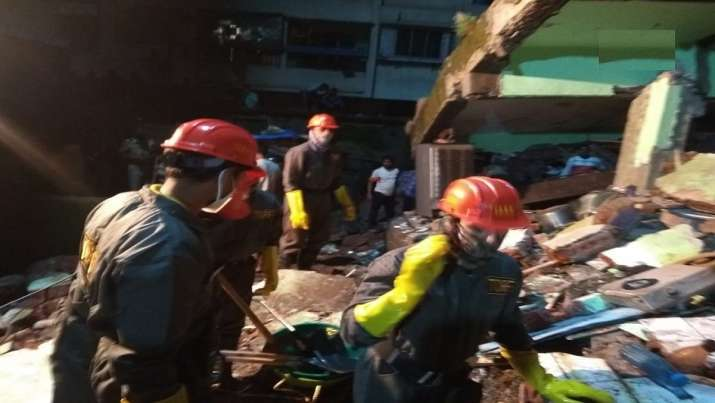 Mumbai: 8 dead, over 20 feared trapped after 3-storey building collapses in Bhiwandi