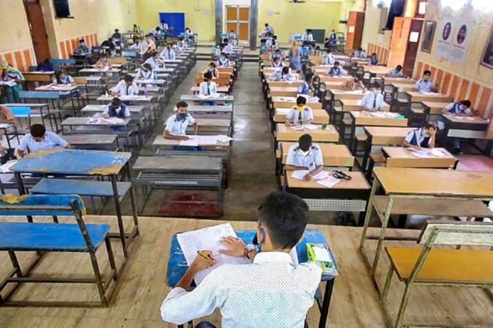 CBSE declares Class 10 Compartment results: Direct Link