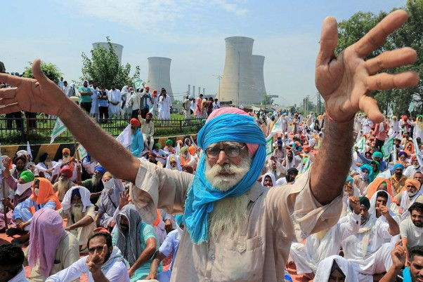 Punjab-Haryana border sealed amid farmers' protest against Farms Bill