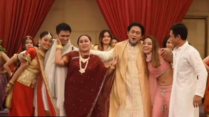 This is insane: Bollywood fans laud 'Bole Chudiyan' spoof by Indonesian fans. Seen video yet?