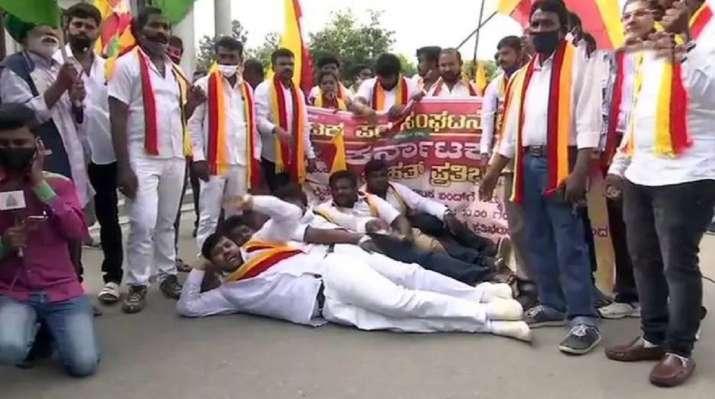 Karnataka Bandh LIVE: Protests against farm laws across