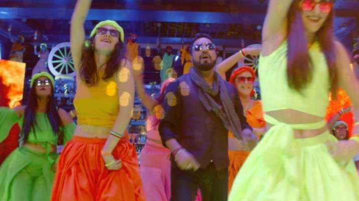 Ginny Weds Sunny: Mika Singh, Neha Kakkar, Badshah recreate 'Sawan mein lag gayi aag'