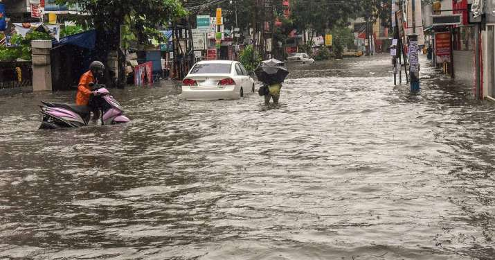BMC declares holiday for all offices as heavy rainfall lashes Mumbai; rail, road traffic disrupted