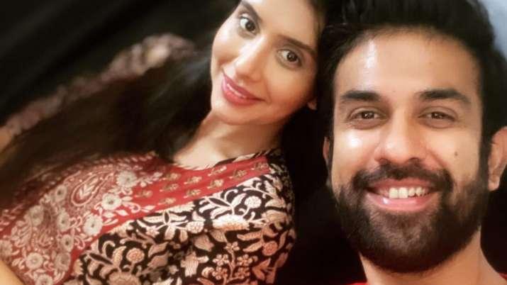 Rajeev Sen flies to Mumbai to reunite with wife Charu Asopa amid divorce rumours