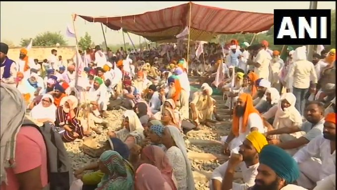 India Tv - Kisan Mazdoor Sangharsh Committee continues their 'rail roko' agitation in Amritsar,