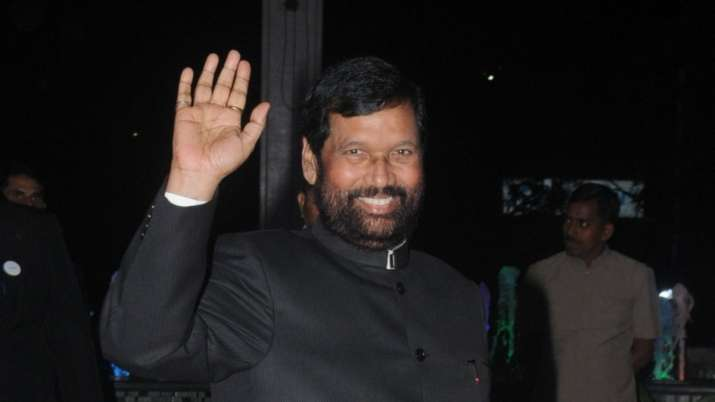 Union minister Ram Vilas Paswan undergoes heart surgery