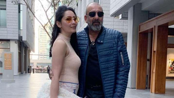 Maanayata lauds Sanjay Dutt as he resumes shoot amid cancer treatment