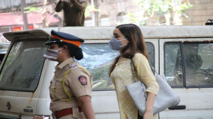 Drugs case: Actor Shraddha Kapoor reaches NCB office