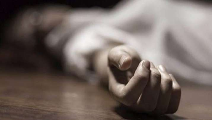 Maharashtra: Unable to afford a smartphone, Class 10 girl ends life