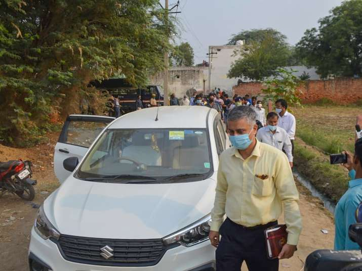 Hathras case: CBI finds 'blood stained shirt' at accused house