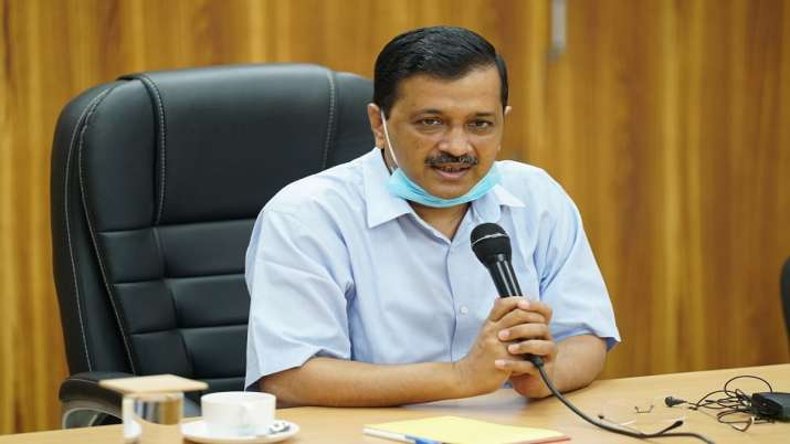 Arvind Kejriwal launches 'Red Light On, Gaadi Off' campaign to reduce air pollution
