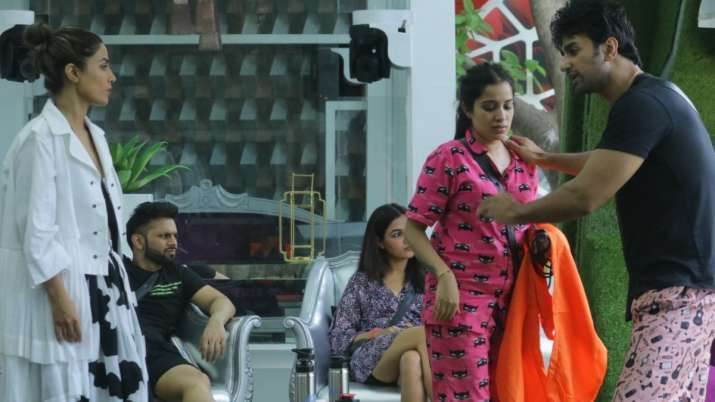Bigg Boss 14 October 5 LIVE Updates: Sidharth Shukla to get the title of 'Punjab ke Jijaji' from Sar