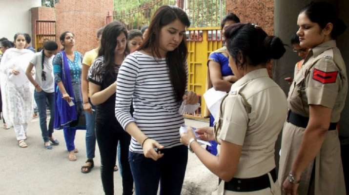 50% aspirants skip exam in Lucknow due to coronavirus fear