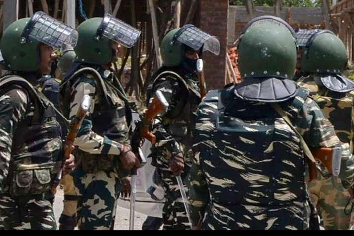 crpf jawan injured, terror attack pulwama, pulwama jammu and kashmir, terrorists attack pulwama jamm