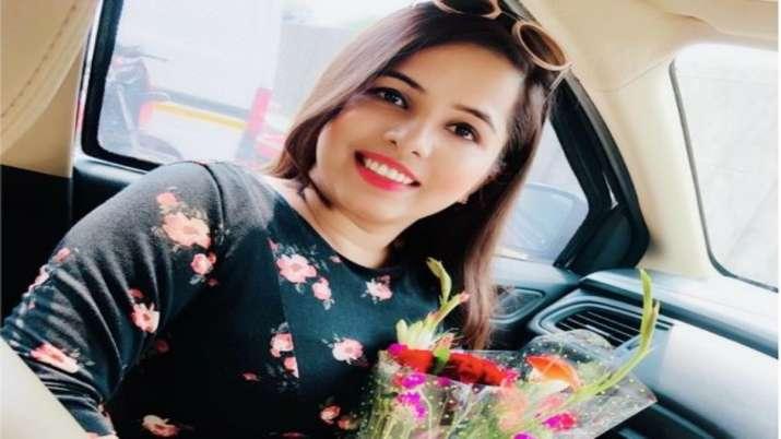 Ex-Bigg Boss fame Dhinchak Pooja's new song Roz Roz Ka Kam becomes new subject of memes